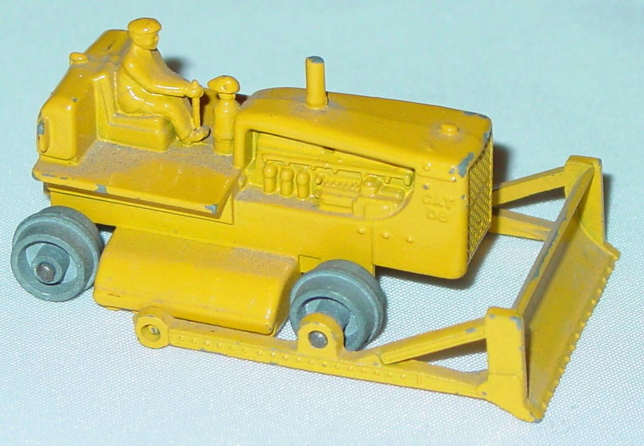 Regular Wheel 18 C 1 - Cat Dozer no treads met roll