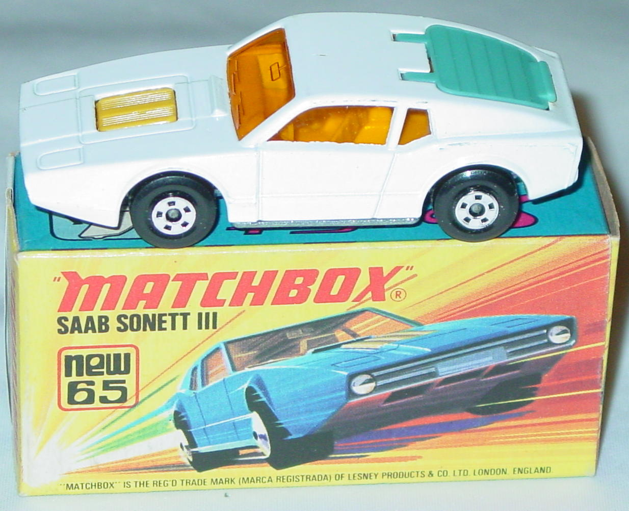Lesney SuperFast 65 A 2 - Saab Sonett WHITE!! three slight chips C9+ I box