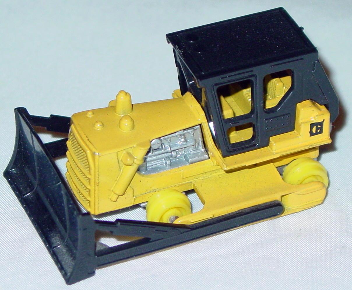 Lesney SuperFast 64 D 13 - Cat Dozer yellow yellow unp lem roll tan canopy  C 1 trd