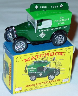 Models of YesterYears 65 B 1 - Austin 7 Van Green white interior Yesteryear Book made in China C2