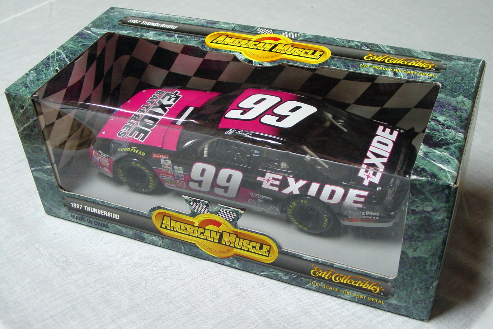 1_18 Scale - ERTL Jeff Burton 97 T-Bird black and pink