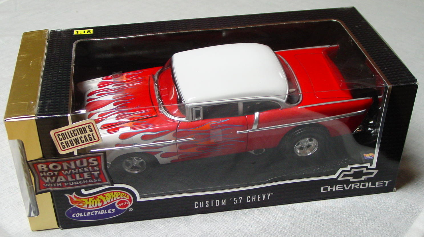 1_18 Scale - HW Custom 57 Chevy Red and White with wallet