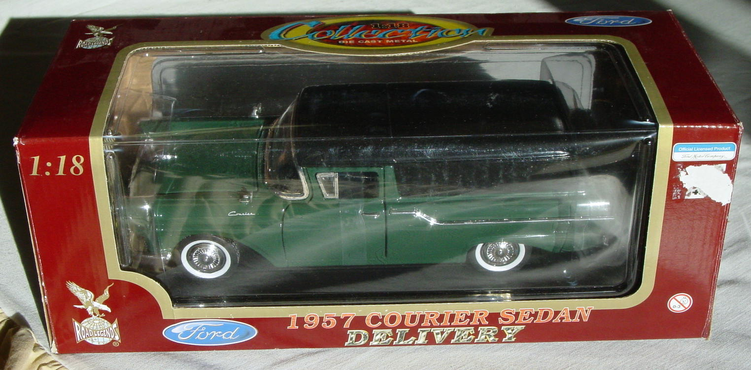 1_18 Scale - YATMING 57 Ford Courier Sedan Del dark Green/black