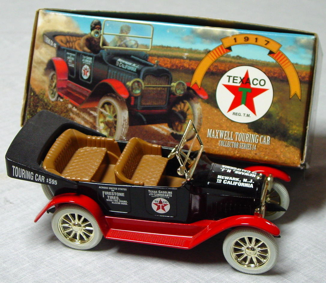 1_24 Scale - ERTL 1917 Maxwell Roadster Texaco