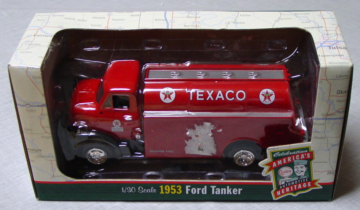 1_24 Scale - ERTL 1953 Texaco Fuel Tanker Red 1:30 scale