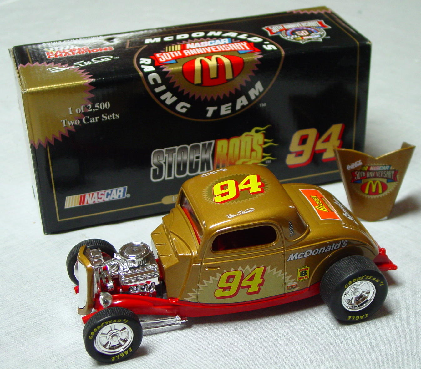 1_24 Scale - RC STOCK ROD Elliot Ford Hiboy Gold chrome