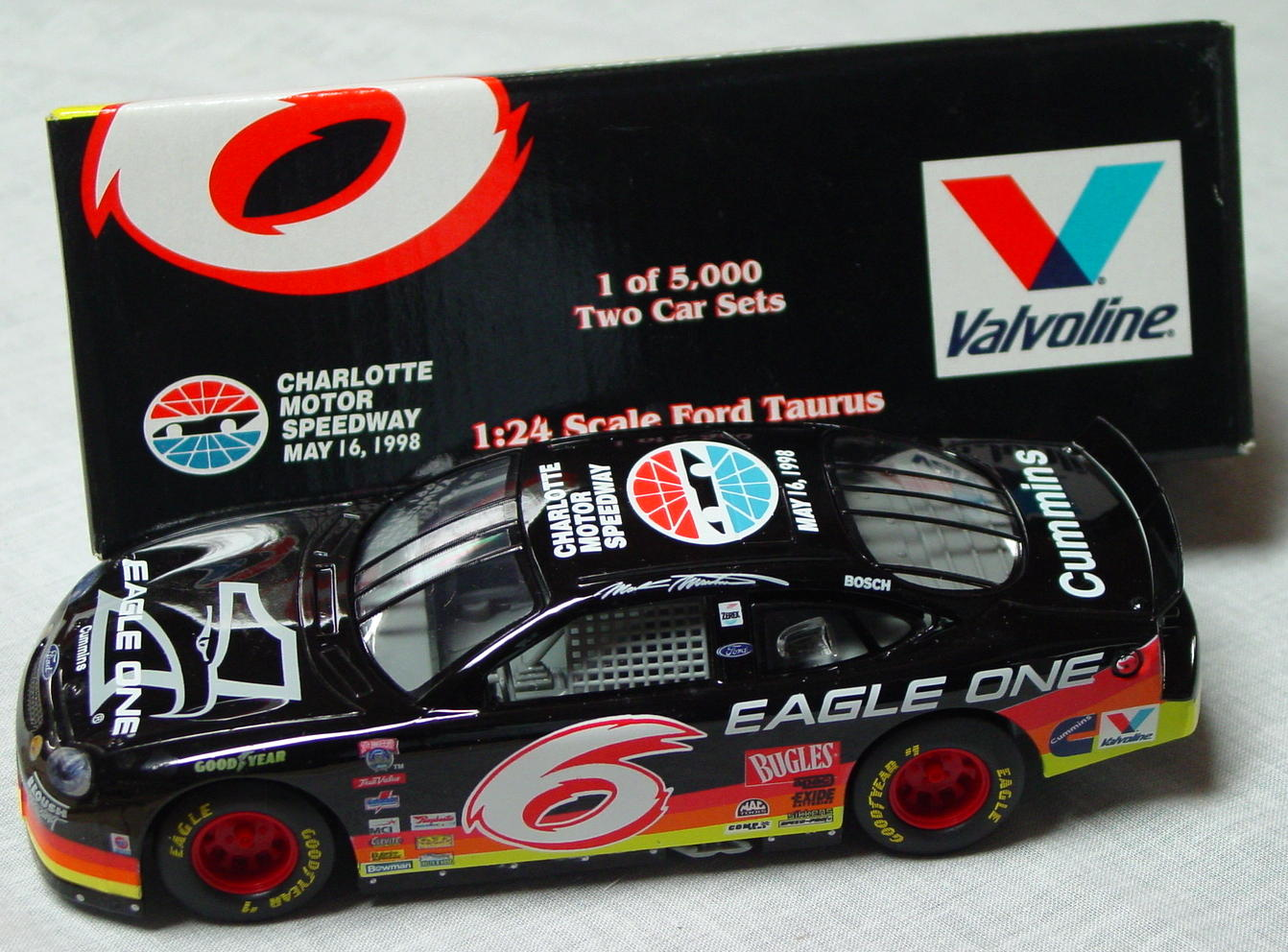1_24 Scale - RC Charlotte Speedway Taurus set of 2 1/5000