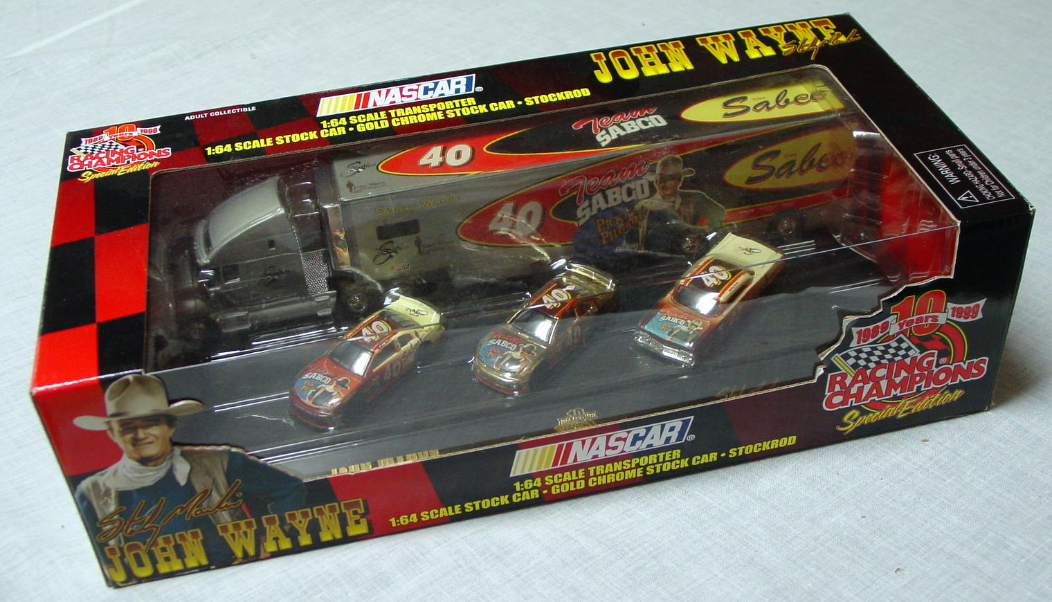 NASCAR 64 - RC Team Sabco Transporter John Wayne with 3 cars