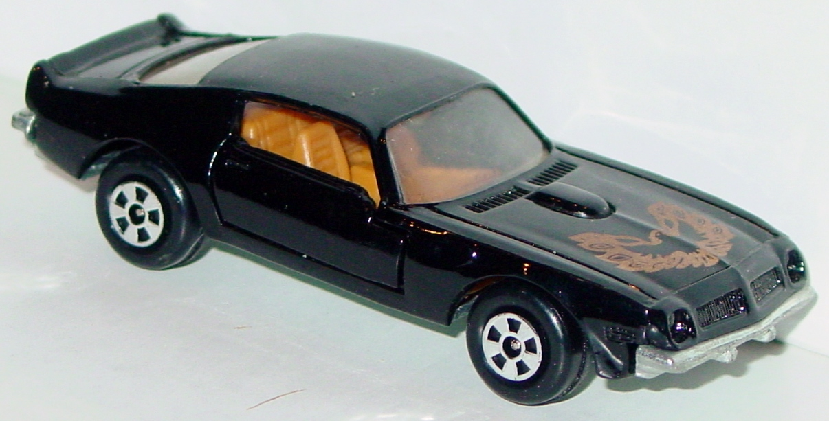 64 - ERTL REPLICA Trans Am Bandit Black met base