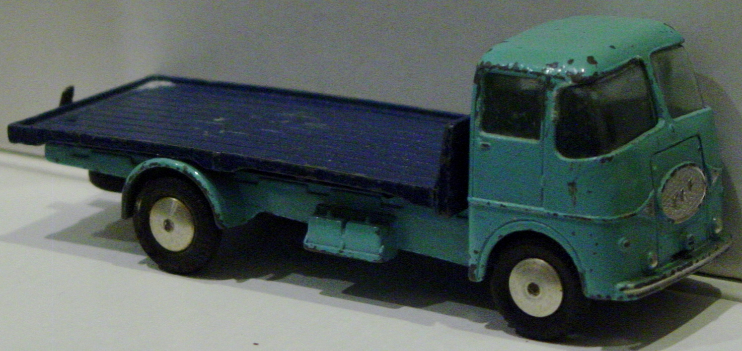 Corgi 457 A - ERF 44G Platform truck light Blue and dark Blue