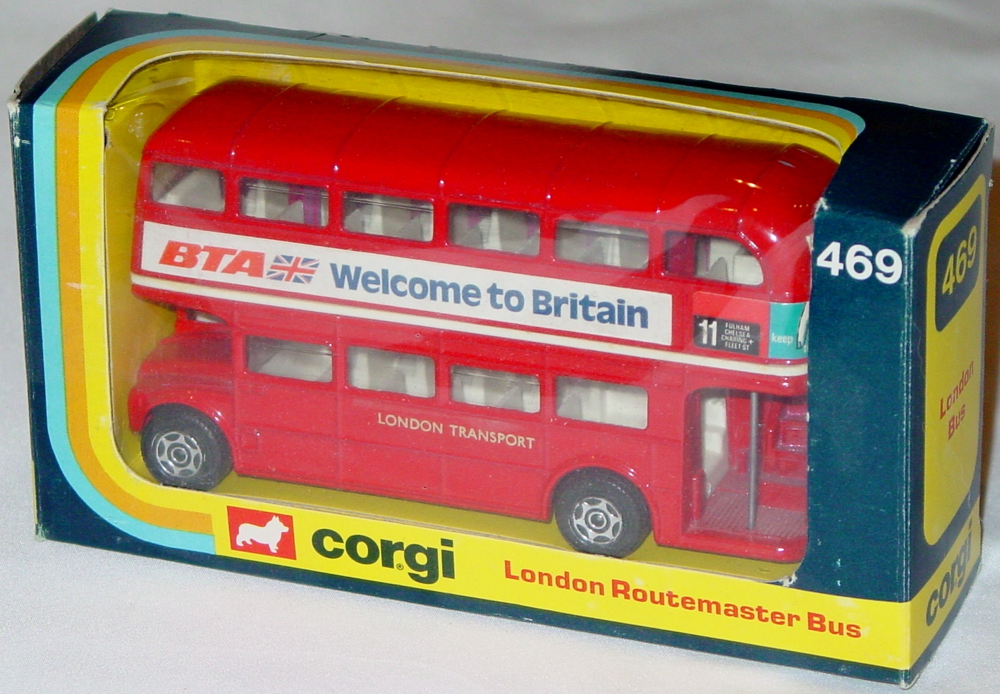 Corgi 469 - Routemaster Bus Welcome to Britain