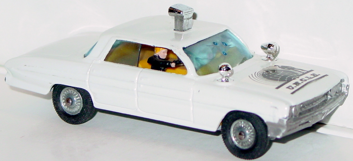 Corgi 497 A - Man from UNCLE Olds White repaint