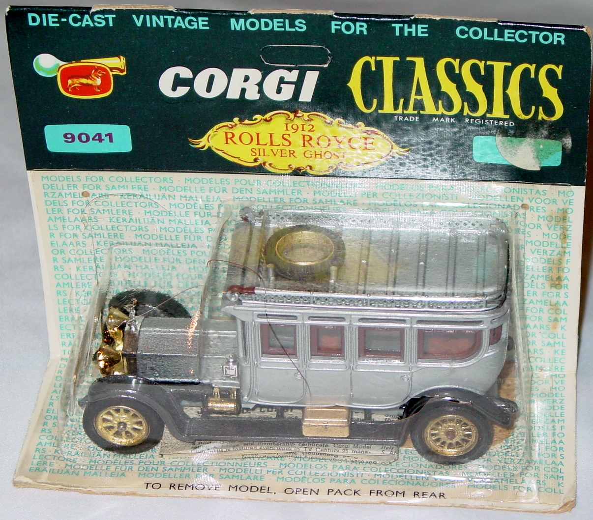 Corgi 9041 A - 1912 Rolls Silver Ghost in cut blister