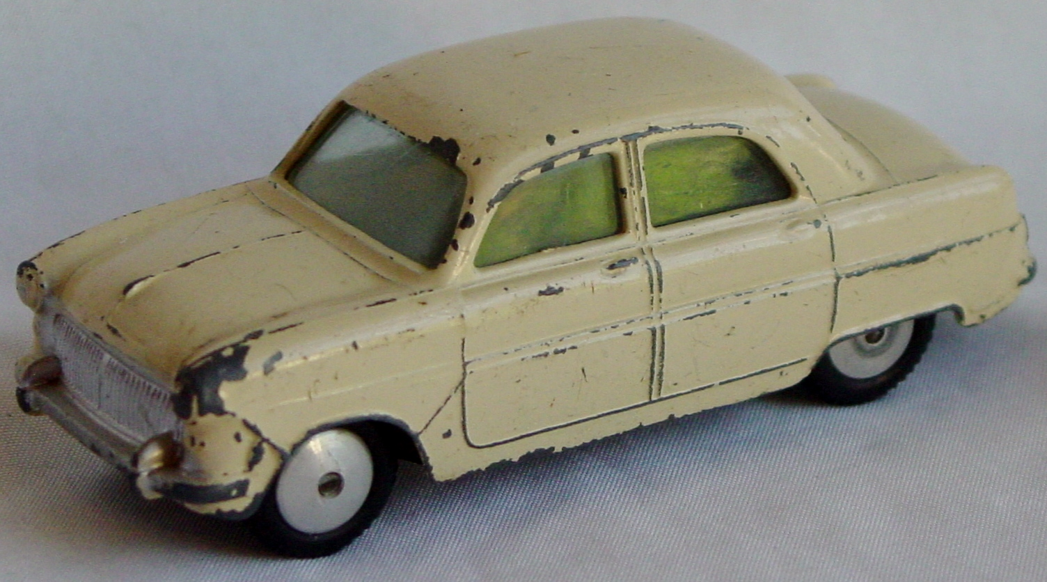 Corgi 200 - Ford Consul Cream