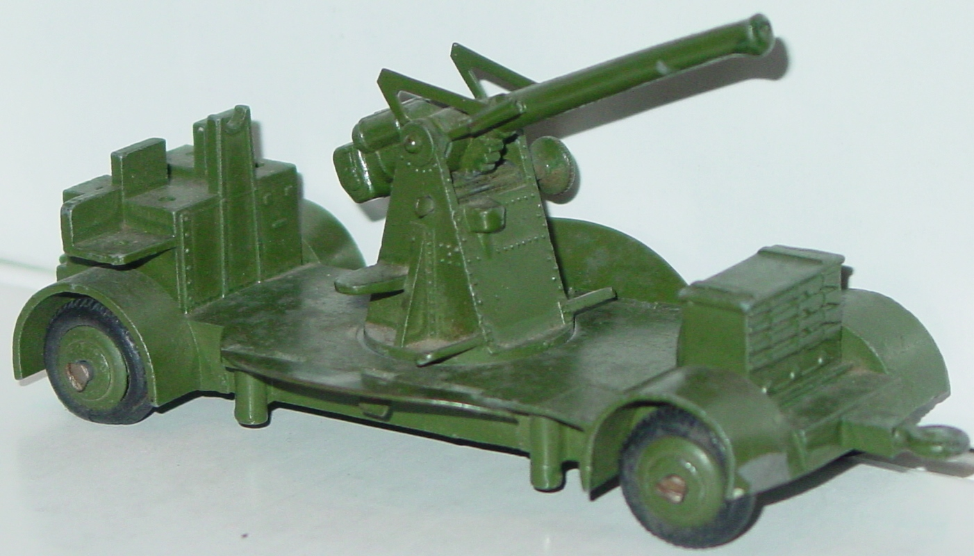Dinky 161 B - Anti-Aircraft Gun broken tow hook