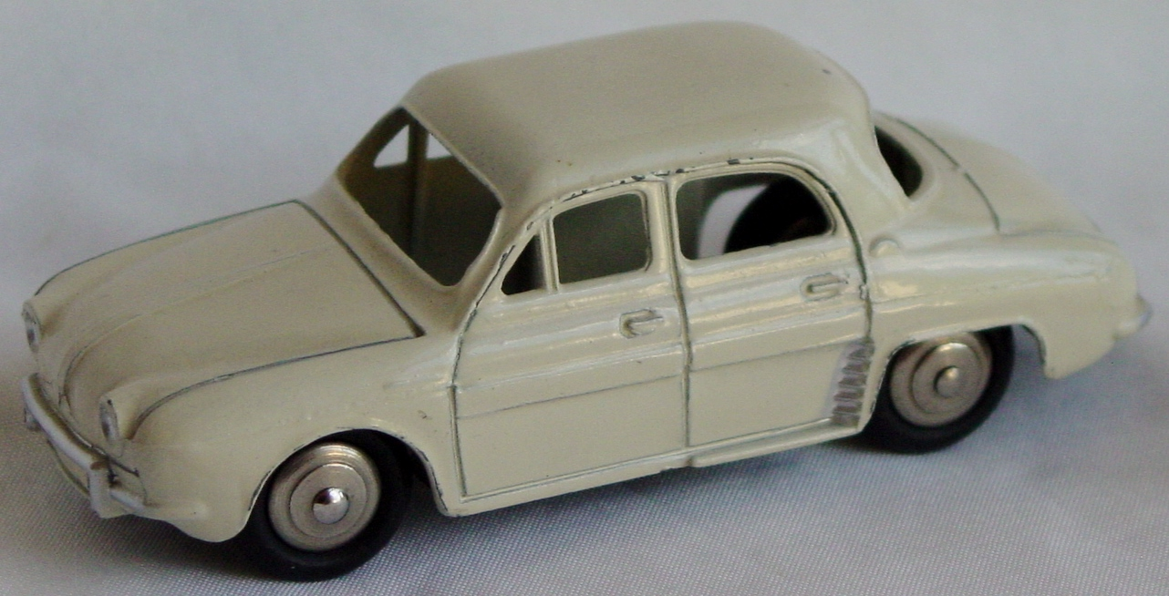 Dinky 24 E - Renault Dauphine off-White spun hubs