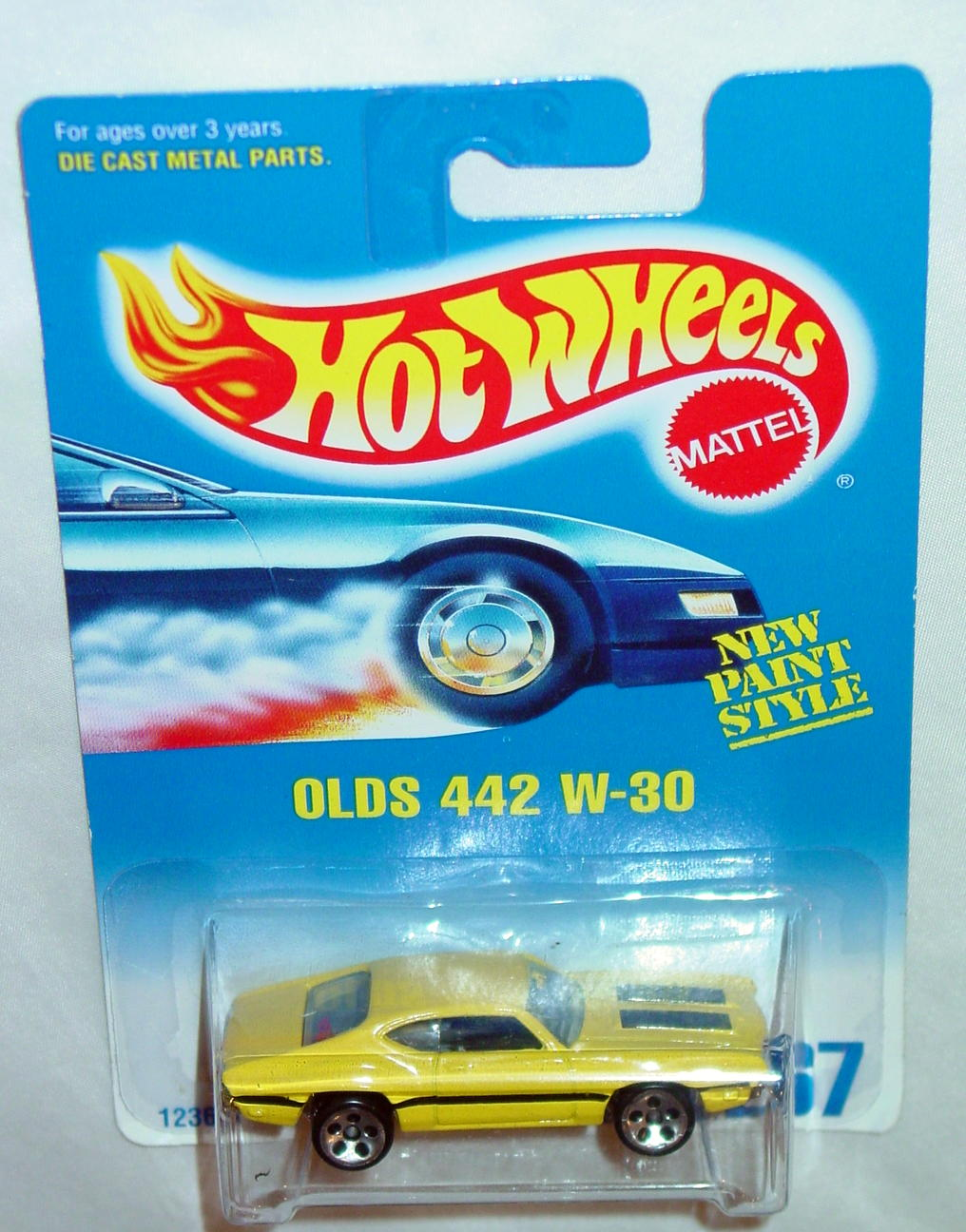 Blackwalls 12360 - 267 Olds 442 W-30 Yellow Col HO5