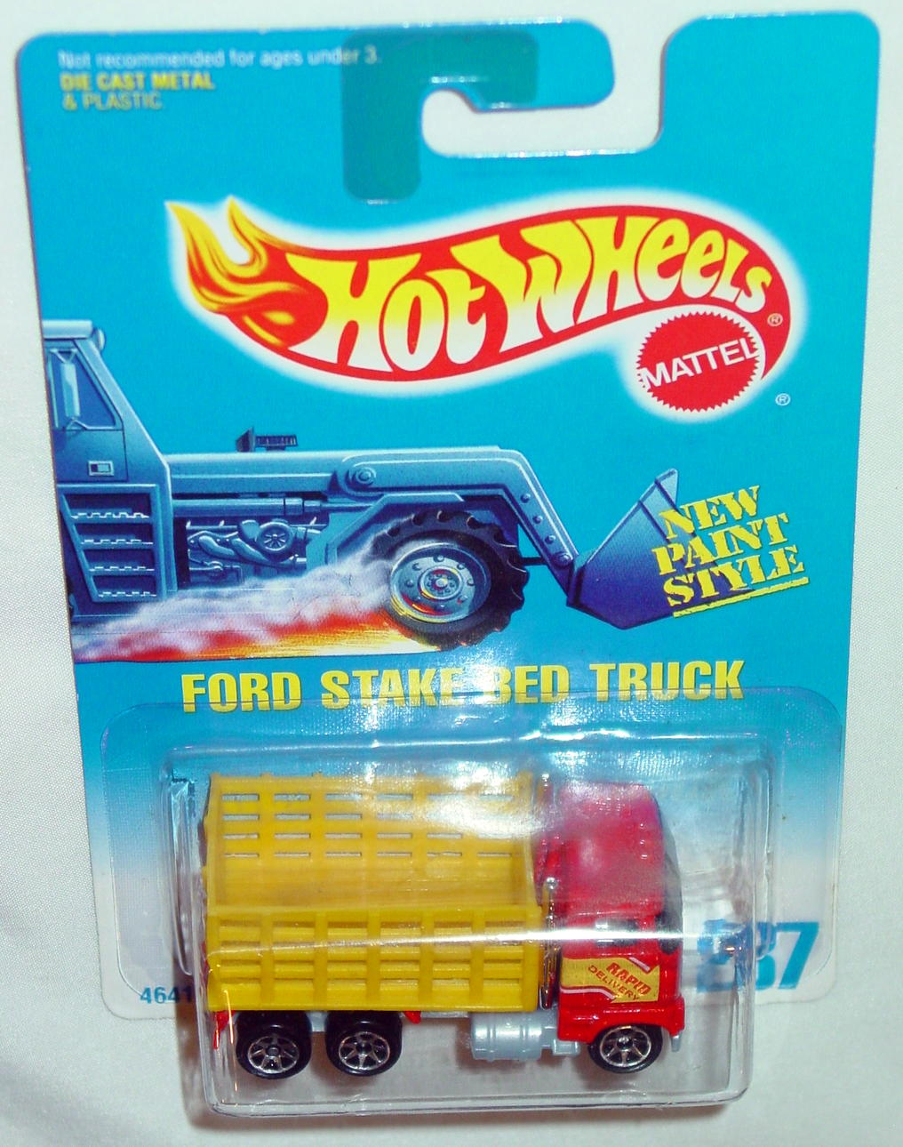Blackwalls 4641 - 237 Ford Stake Truck Red SP7 grey plastic base