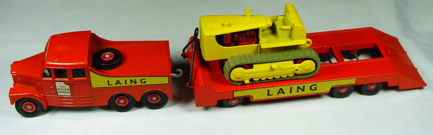King Size 08 A - Prime Mover/trailer/dozer hard treads long decals 3 chps C9-