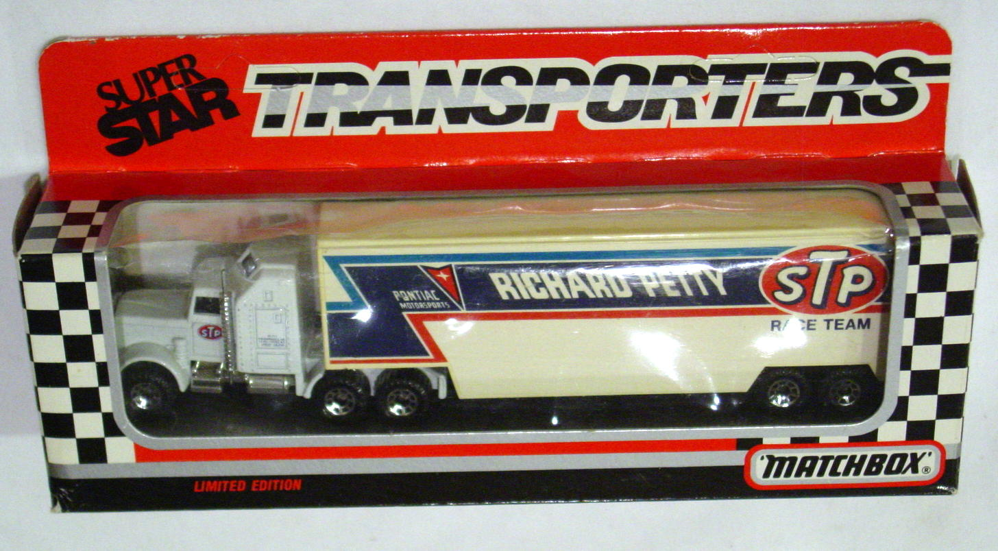 Convoy 104 A 1 - Kenworth Sup transp Richard Petty WR