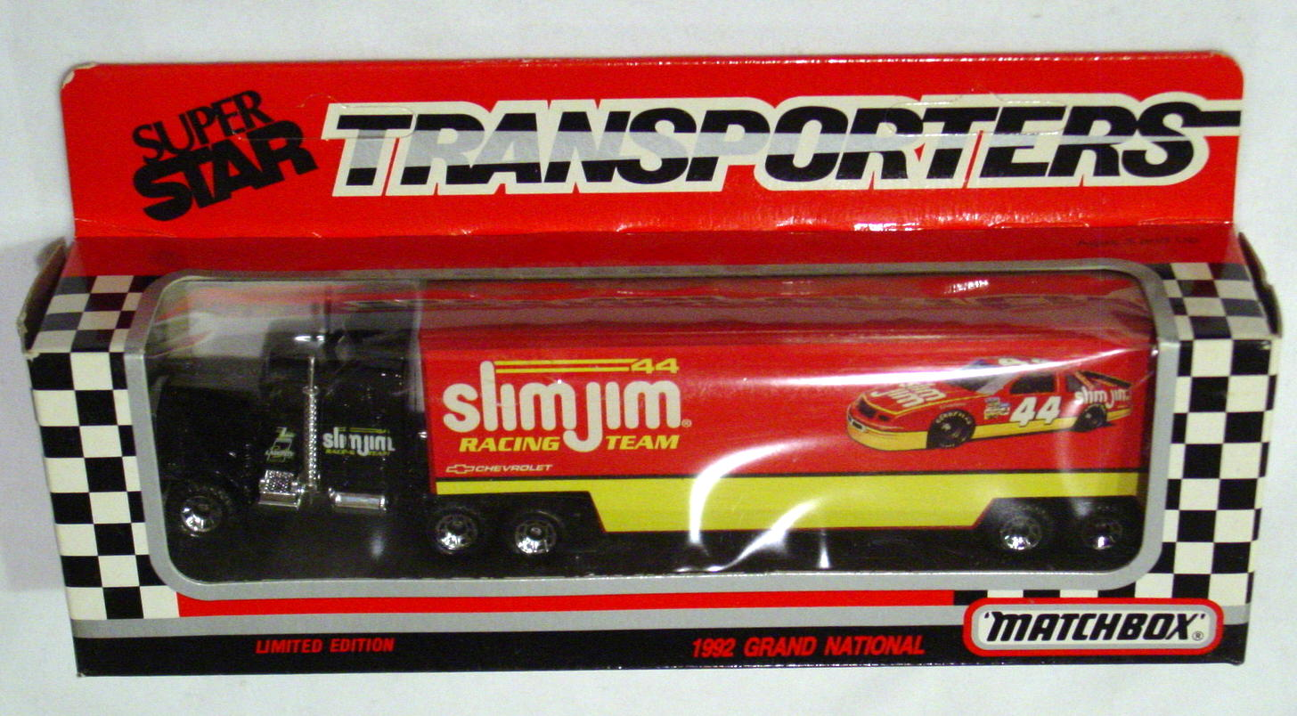 Convoy 104 A 44 - Kenworth Sup transp Black Slim Jim Racing WR