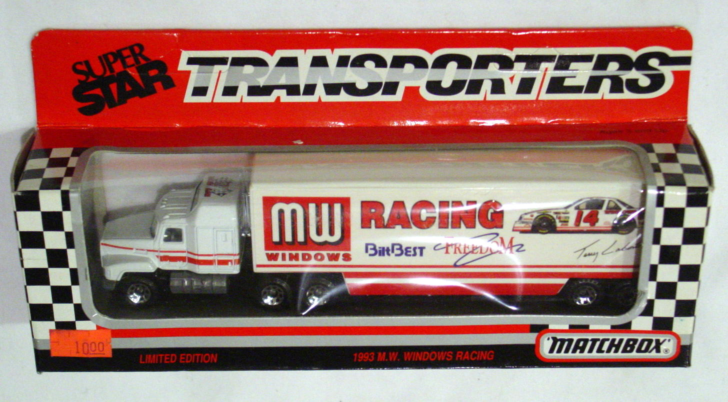 Convoy 107 A 9 - Mack Sup transp White metal wheels Windows Racing WR