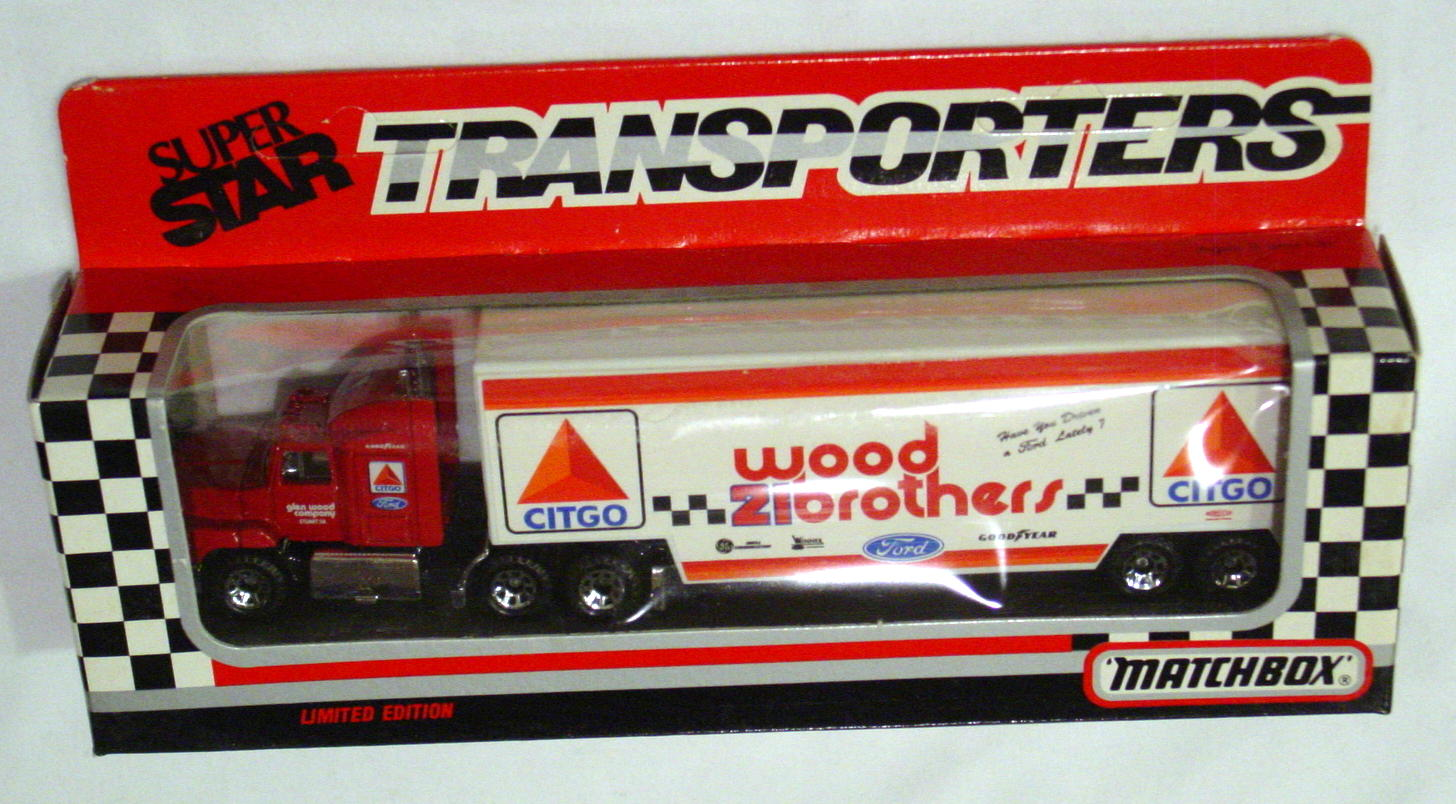 Convoy 109 A 15 - Ford Aeromax Superstar Red Wood Bros Citgo WR