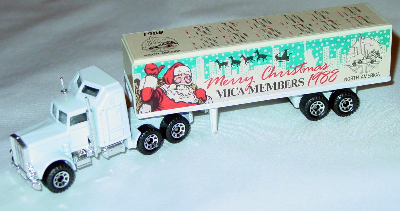 Convoy 09 A 17 - Kenworth White White and white Merry Christmas 1988 MICA