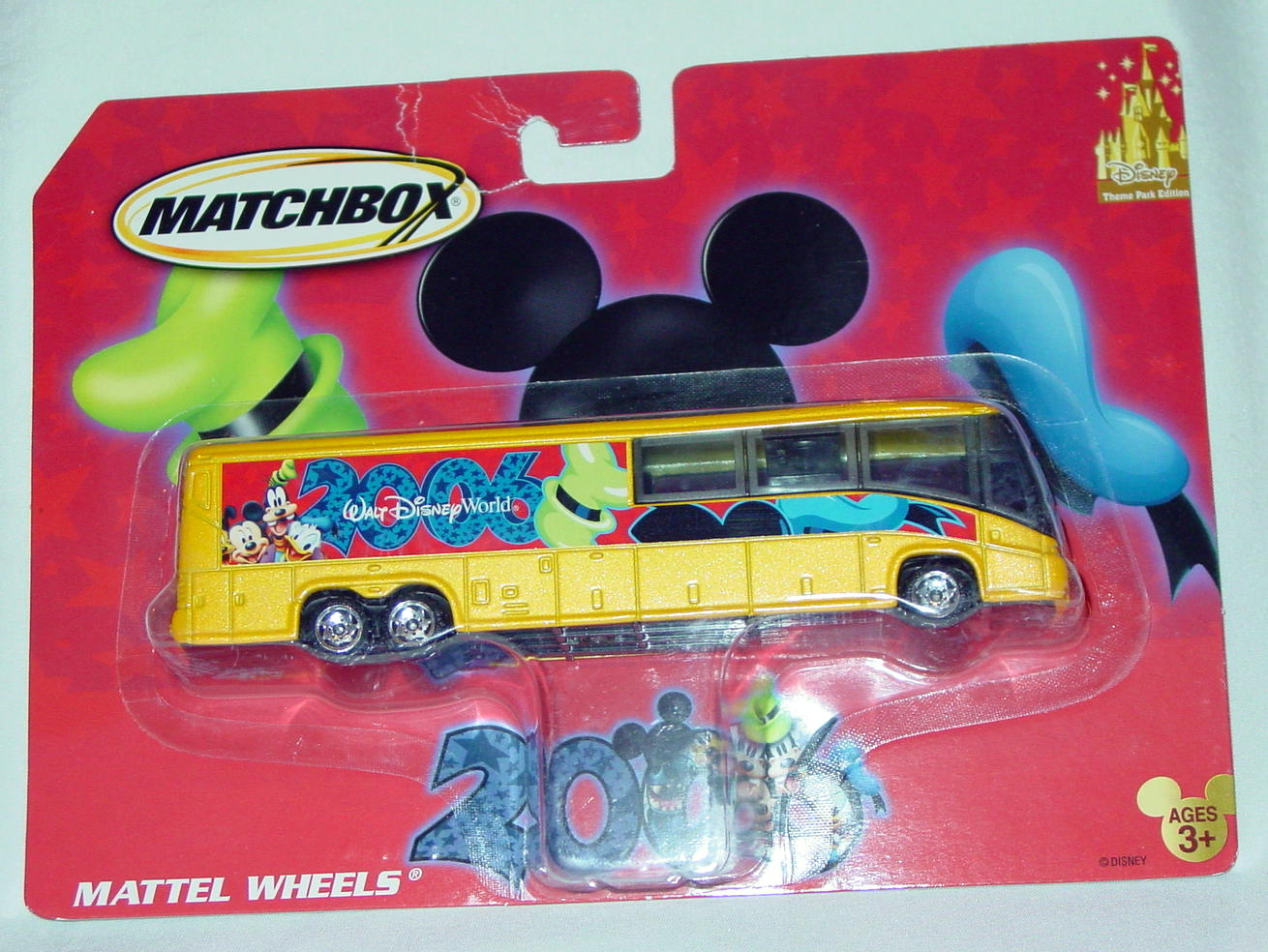 Convoy - MCI BUS Disney 2006 Yellow