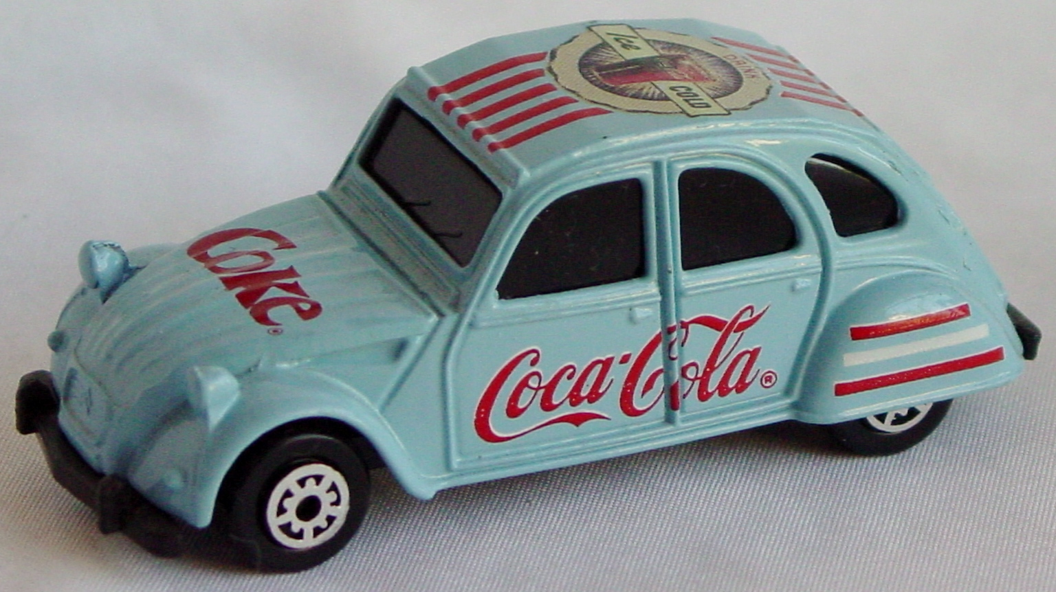64 - EDOCAR Citroen 2CV light Blue Coke