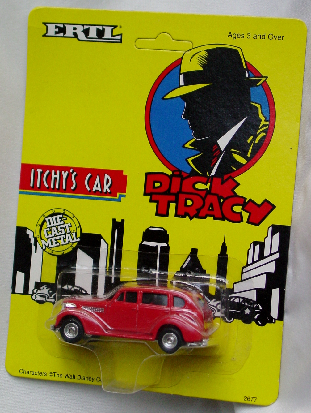64 - ERTL DICK TRACY Itchys Car
