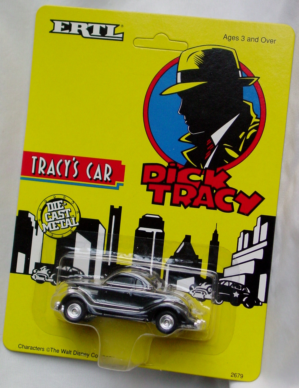 64 - ERTL DICK TRACY Tracys Car