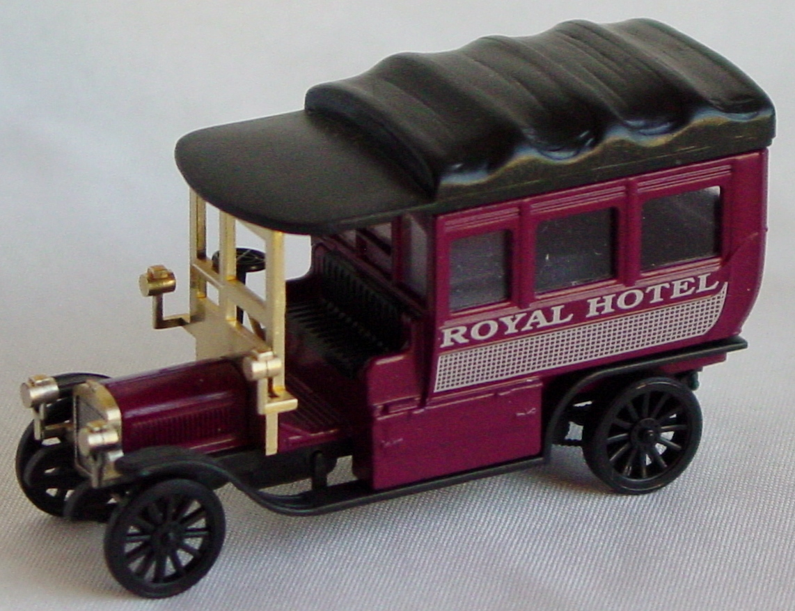 87 - MARKLIN Van dark Red Royal Hotel