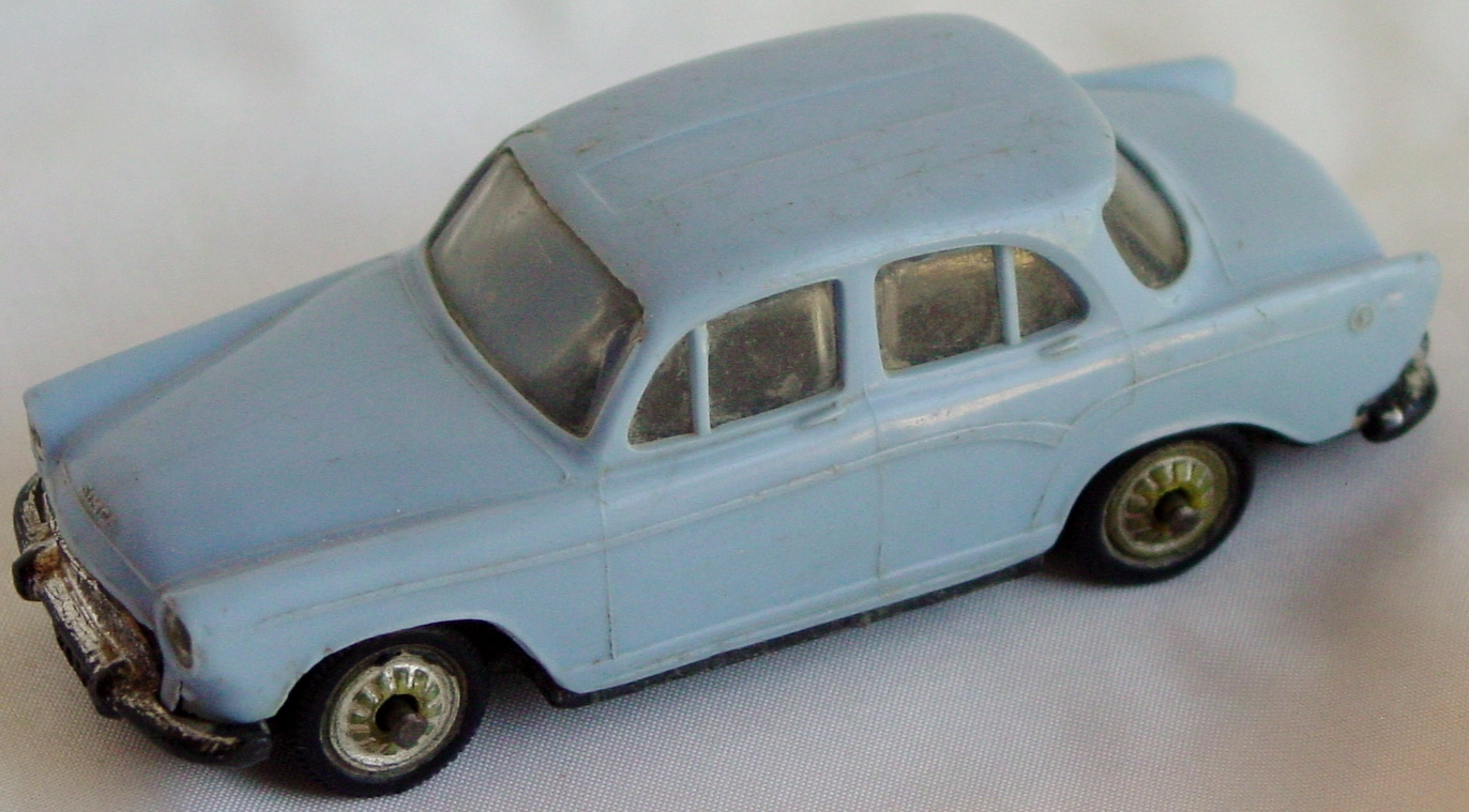 43 - NOREV Simca Aronde P60 light Blue