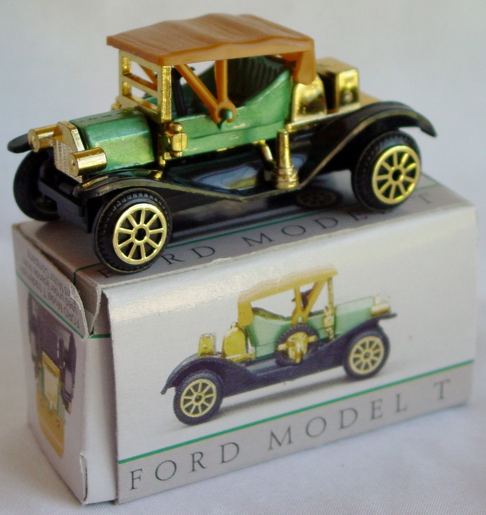 64 - READERS DIGEST BONUS 1996 304 Model T Green made in China