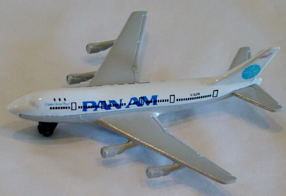 Sky Buster 10 A 20 - Boeing 747 White/P-Silver Pan Am with tail labels made in Thailand
