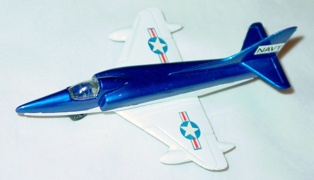 Sky Buster 12 A 1 - Skyhawk A-4F dark Blue and White thin axles Navy ENG