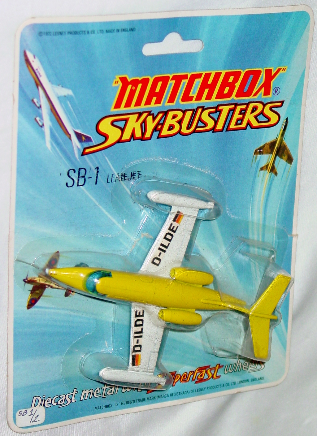 Sky Buster 01 A 1 - Leer Jet Yellow thin axles ENGLAND cut blister