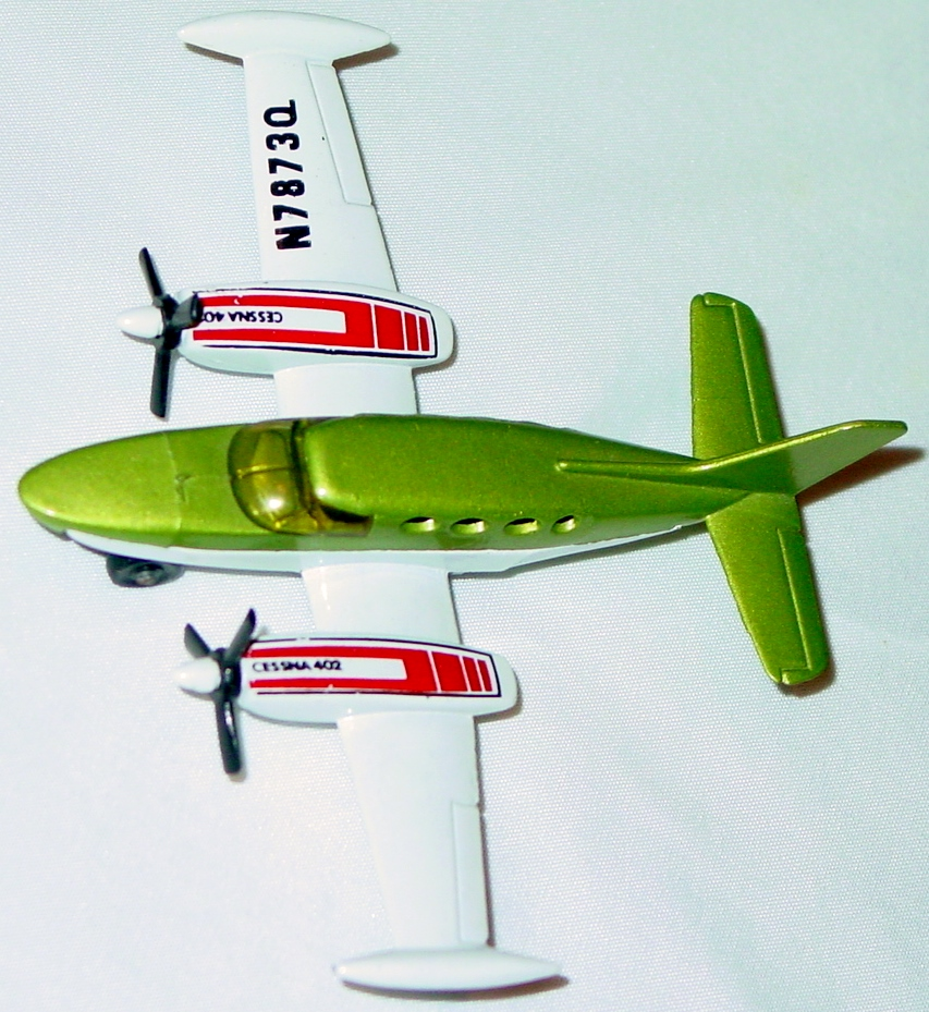 Sky Buster 09 A 7 - Cessna 402 light Green light blue window tampo thick axle ENG