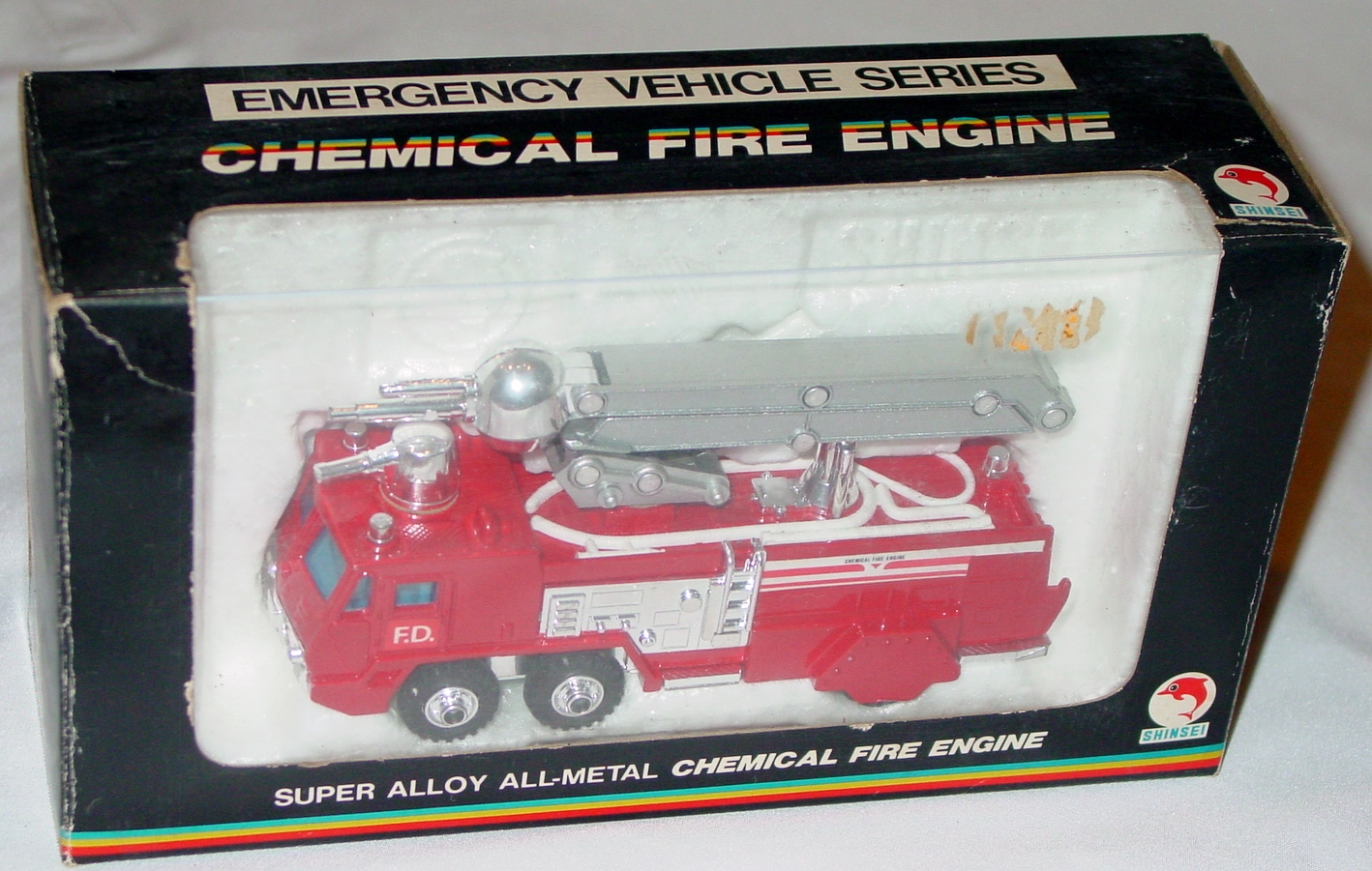 78 - SHINSEI 4108 Chemical Fire Engine Red window box