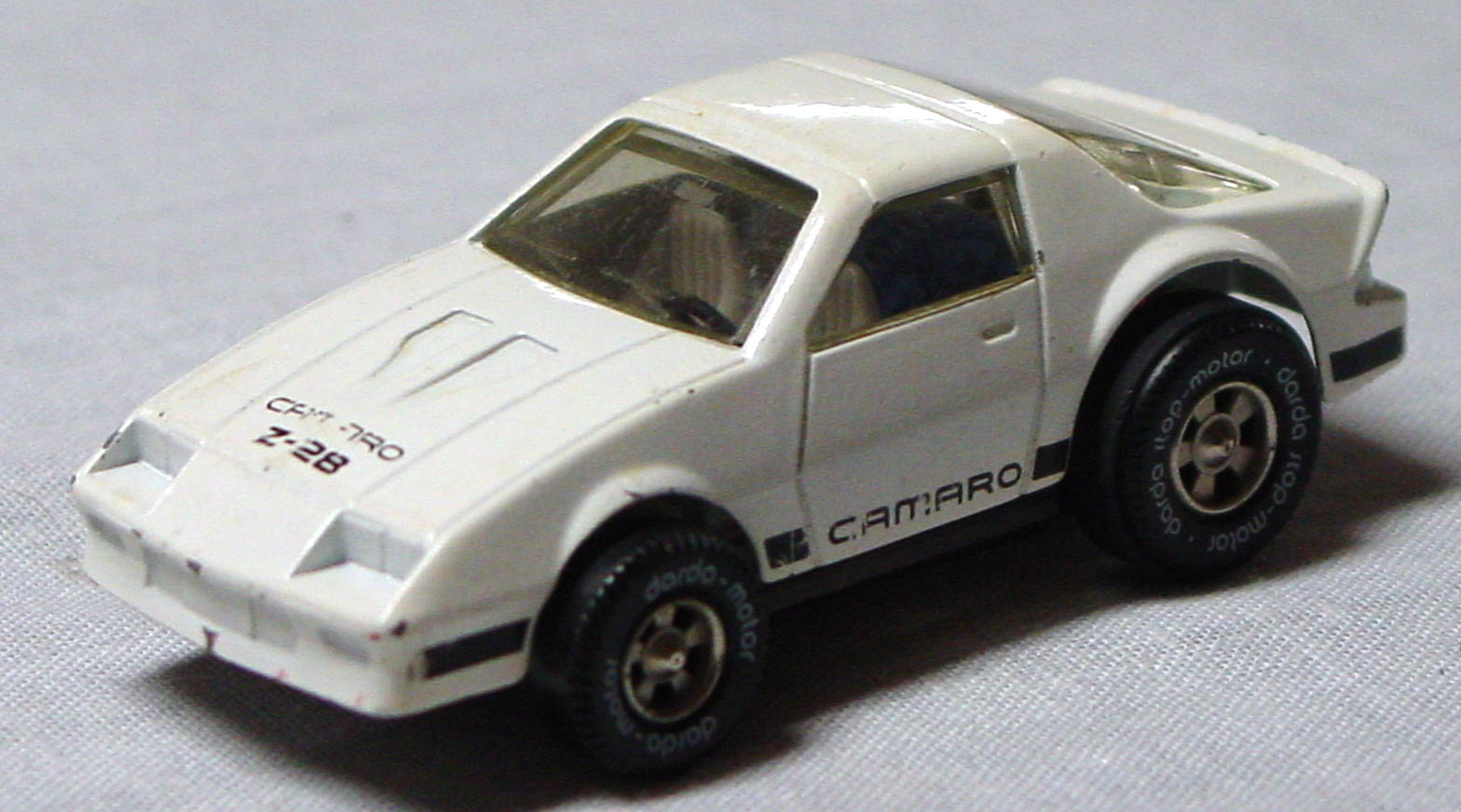 64 - DARDA Camaro Z-28 White W Germany