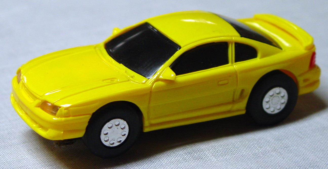 50 - SLOT Mustang Yellow 1/50? CHINA