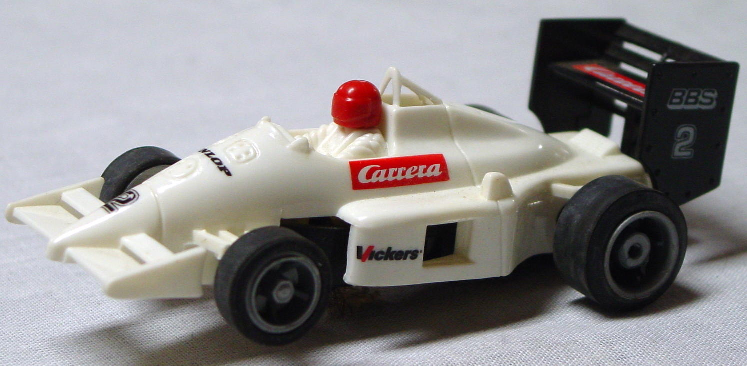43 - SLOT White Racer Carrera 1/43