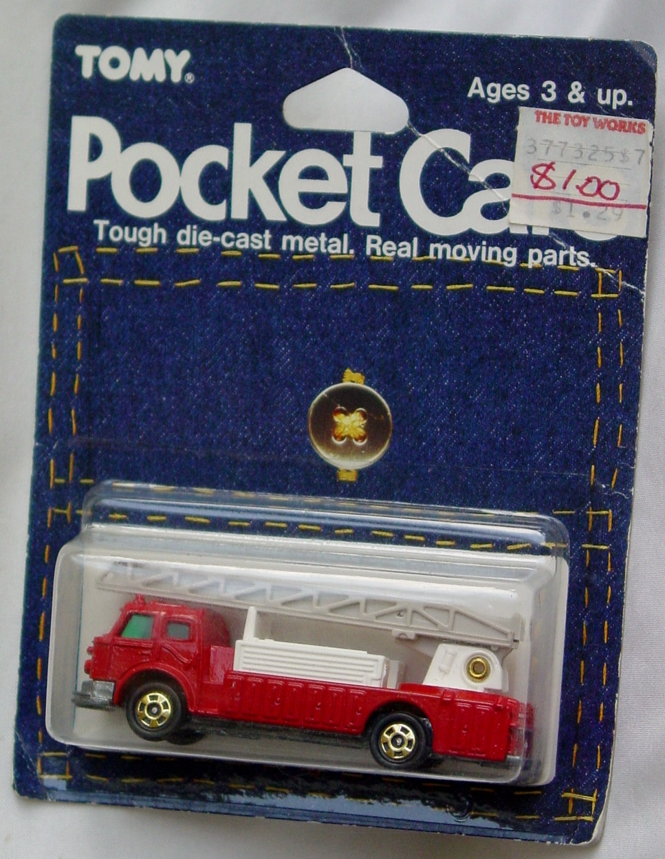 64 - TOMY POCKET CARS F33 Ladder Fire Truck
