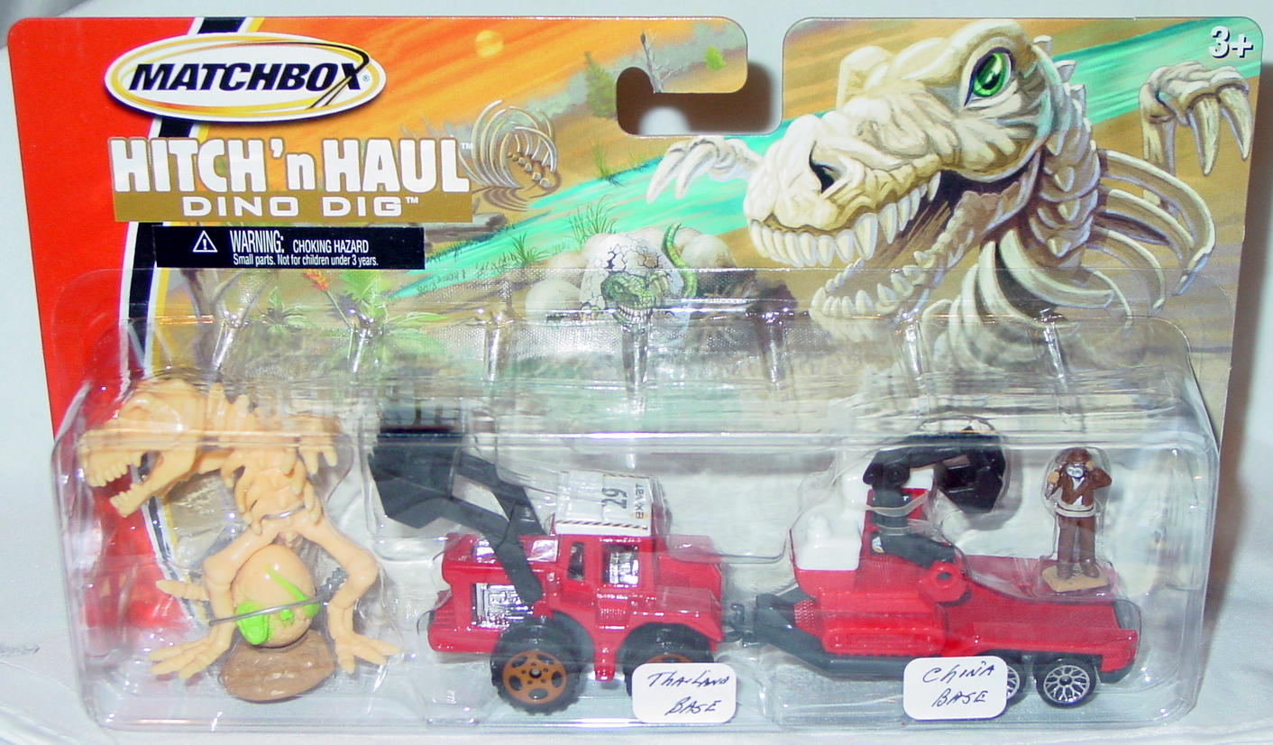 Twin Pack - HITCHNHAUL 2005 Dino Dig 29C Red made in Thailand trailer