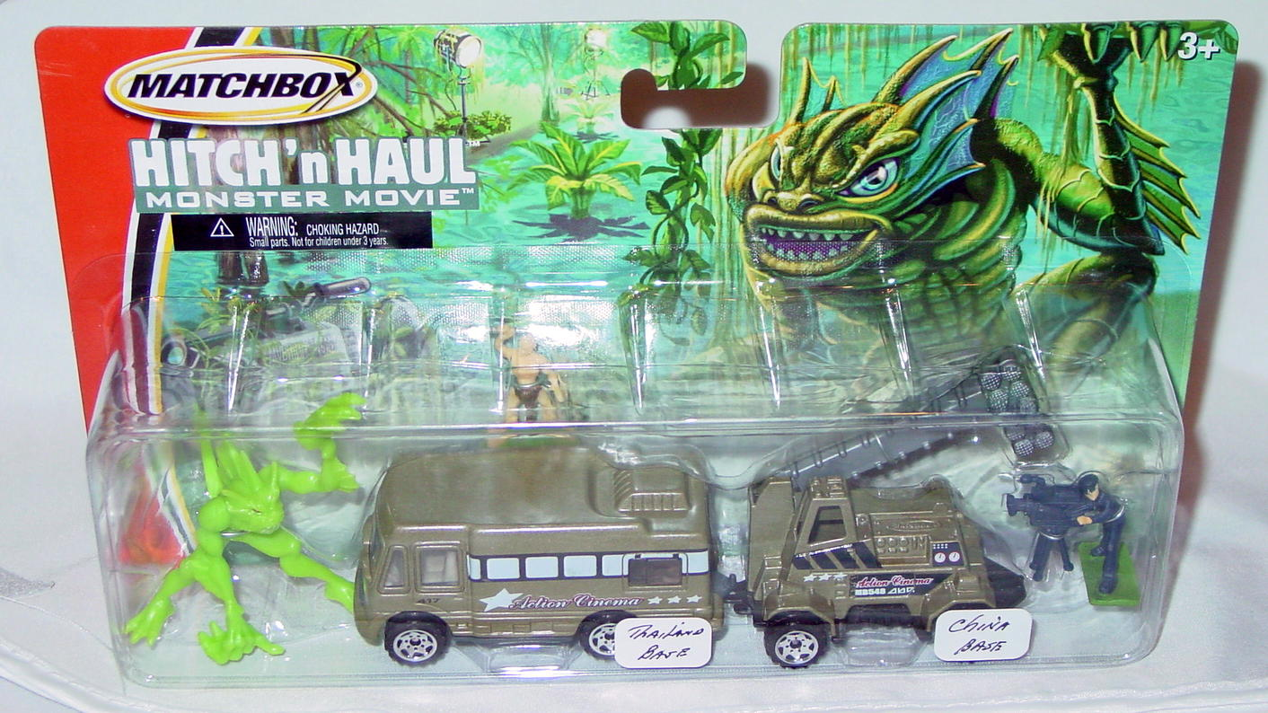 Twin Pack - HITCHNHAUL 05 Monst Movie Truck Campermade in Thailand Light Truck