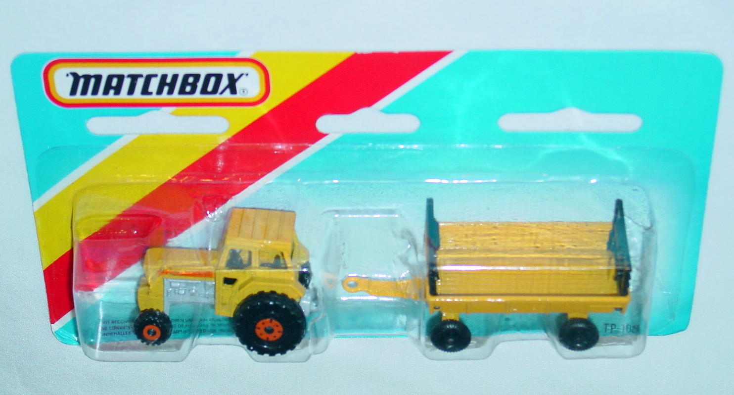 Twin Pack 108 A 2 - yellow 46C12 tractor yellow Hay trailer C9.5+ card