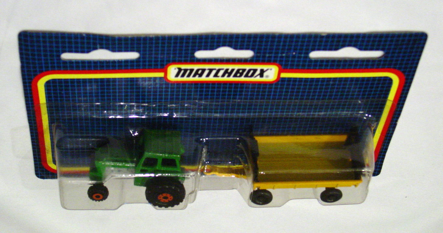 Twin Pack 108 A 3 - Green 46C Tractor/Yellow 40 Trailer