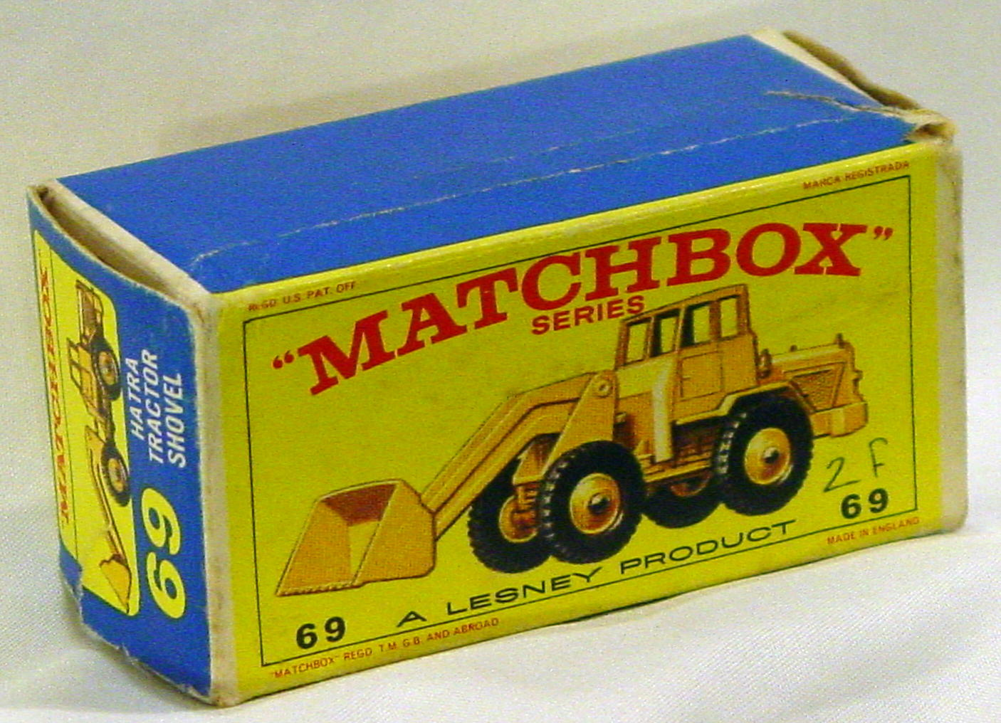 Empty Box 69 B - C8.5 E4 BOX ONLY showing yellow model