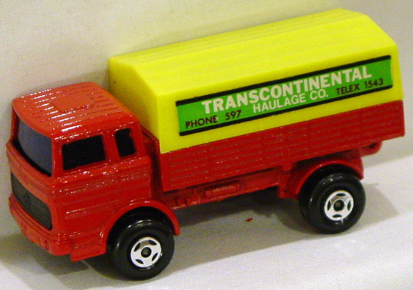 Lesney SuperFast 01 A 5 - Merc Truck Red and yellow Transcontinental